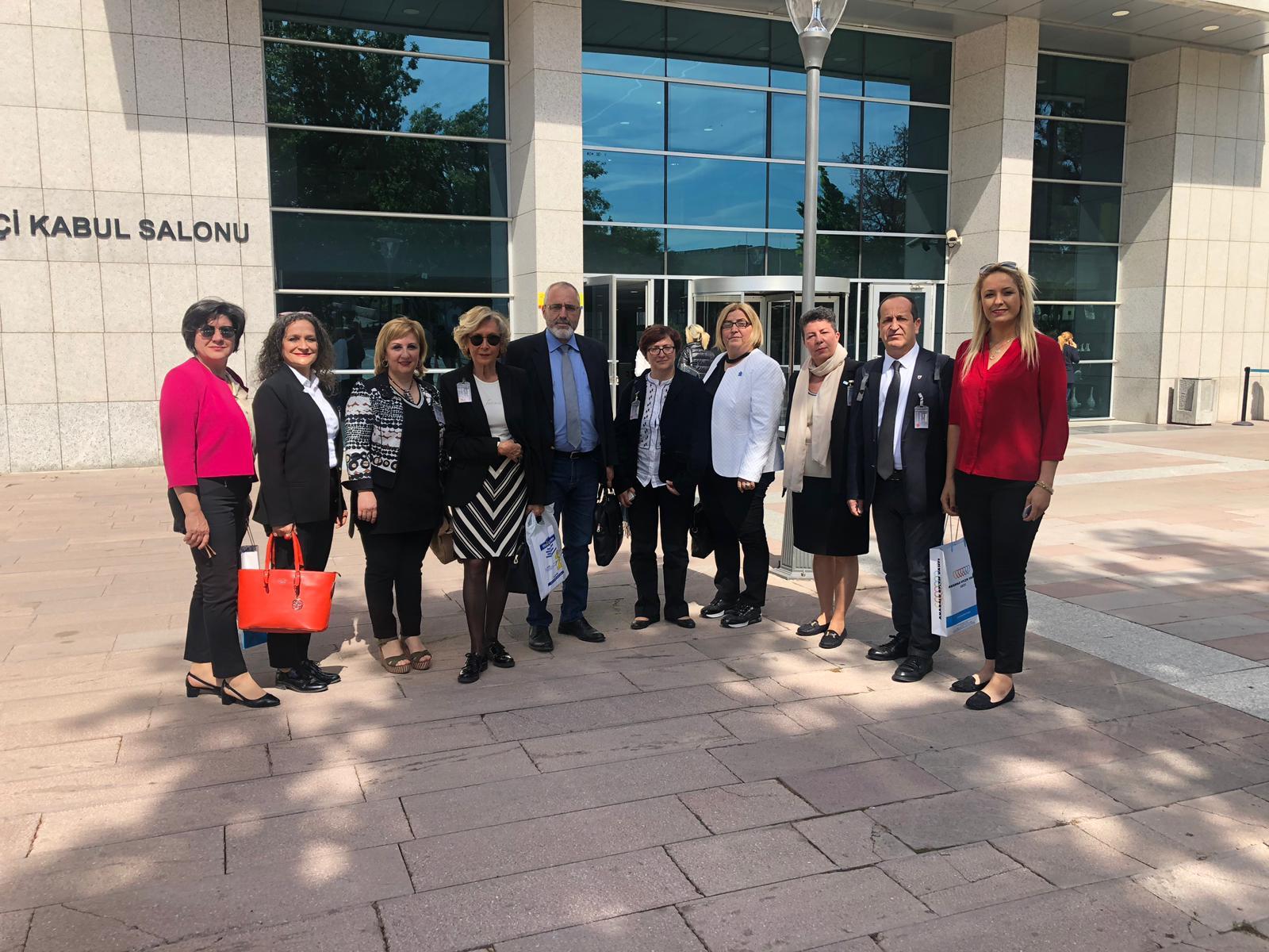 Otizm ve Diğer Gelişim Bozuklukları Araştırma Komisyonu üyesi milletvekillerini ziyaret ettik.